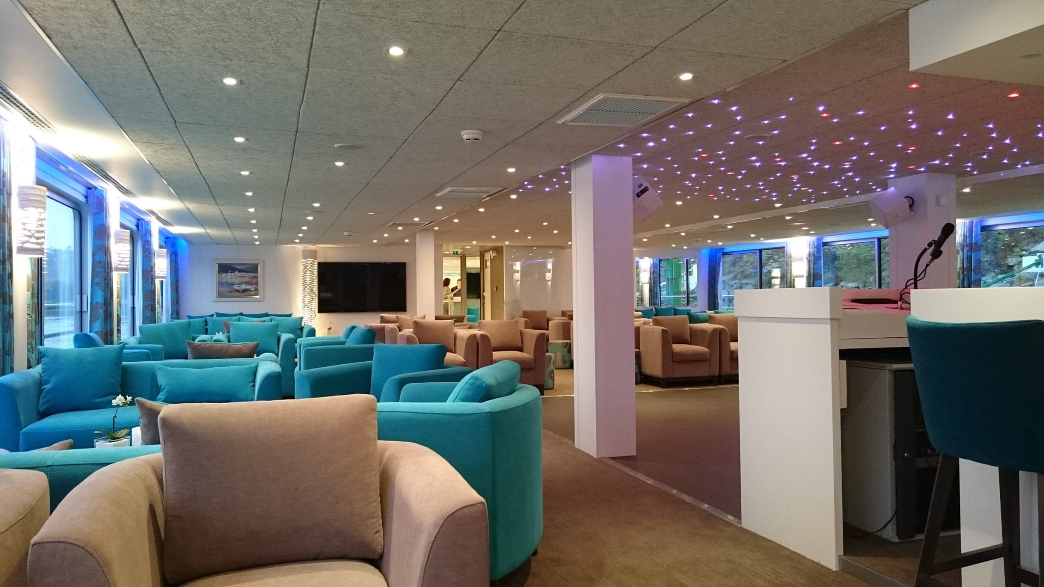 CE Loire Princess lounge
